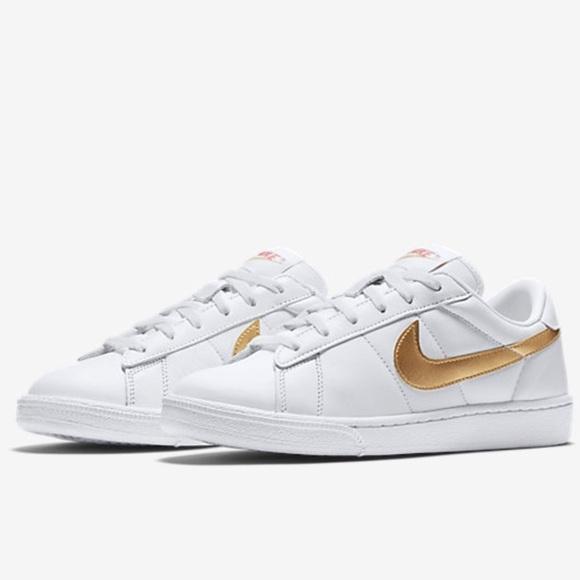 Nike women\u2019s white gold tennis classic sneakers